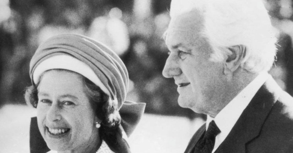 Queen Did Not Know of Decision to Bring Down Australian Government in 1975, Long-Sealed Letters Show