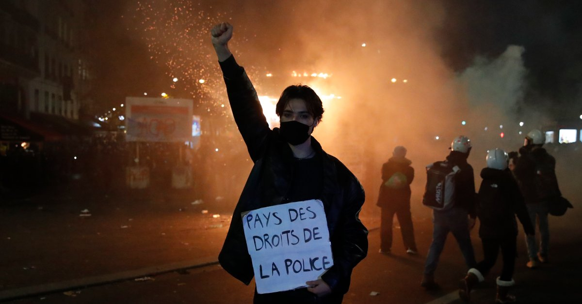 French Lawmakers Will Rewrite a Proposed Bill on Filming Police After Major Protests
